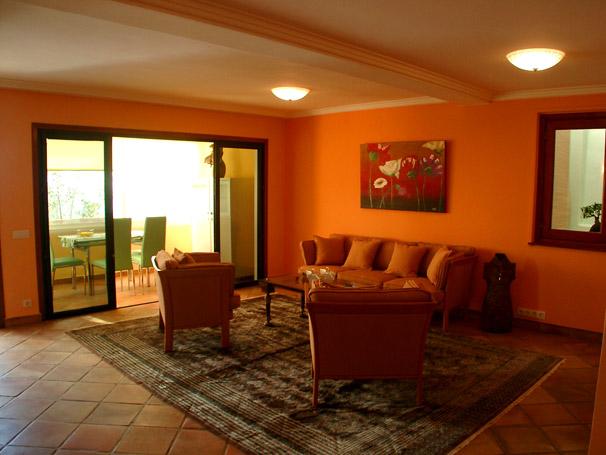 Design : wohnzimmer farbe orange ~ Inspirierende Bilder von ...