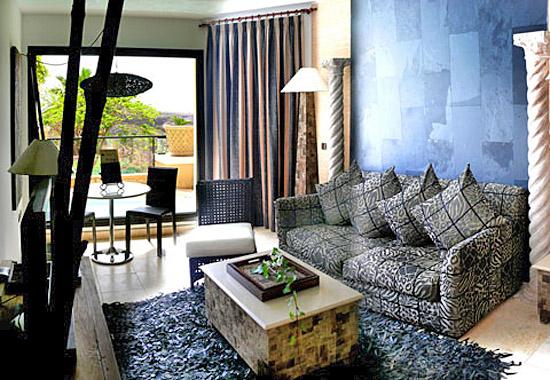 villa duquesa am golfplatz costa adeje teneriffa. Black Bedroom Furniture Sets. Home Design Ideas