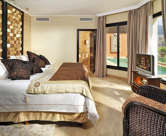 Exklusive Italienische Tapeten : Schlafzimmer Tapete: Tapete in grau stilvolle vorschlage fur